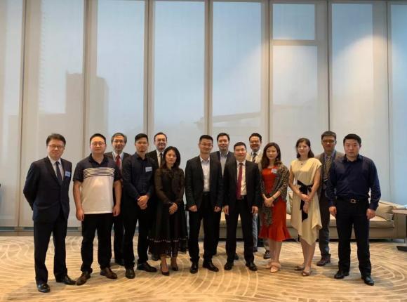 蘑菇智能赴香港考察金融科技行业